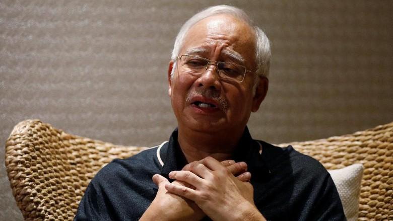 Komisi Anti-Korupsi Malaysia diperkirakan akan mengeluarkan pernyataan resmi tentang penangkapan Najib Razak.